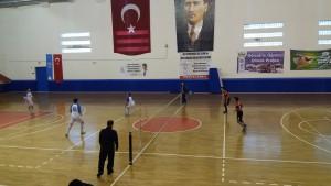 Okullar arasç ayak tenisi 4