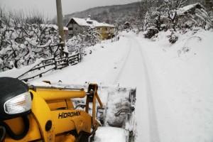 kar araçları gün boyu yollard açalıştı (2)