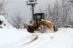 kar araçları gün boyu yollard açalıştı (3)