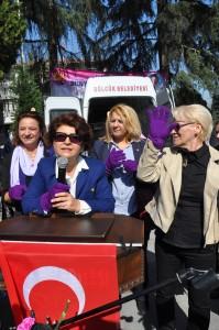 CHP Gölcük İlçe Kadın Kolları Başkanı Türkan çimen