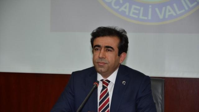 kocaeli-valisi-guzeloglu-gorevine-basladi-6544823_6981_o