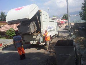 cop konteynleri dezenfekte ediliyor (2)