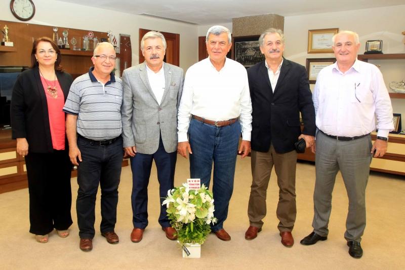 Baükan Karaosmanoßlu, KYôD yînetimini konuk etti (2)