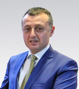 doc-dr-tahir-buyukakin-diyarbakirda